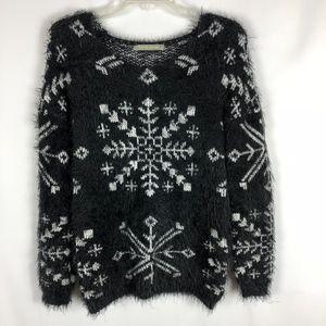 Finn & Clover Super Soft Snowflake Eyelash Sweater
